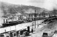 Pittsburgh Wharf   Photo dated 1890